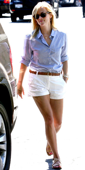 white-shorts-belt-blue-light-collared-shirt-tan-shoe-sandals-reesewitherspoon-howtowear-style-spring-summer-blonde-weekend.jpg