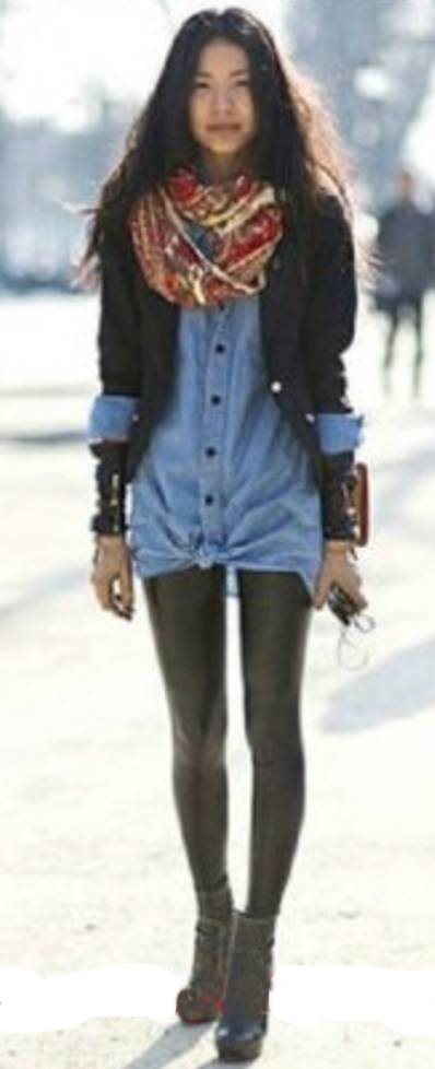 black-leggings-blue-light-collared-shirt-black-jacket-blazer-red-scarf-wear-style-fashion-fall-winter-black-shoe-booties-brun-lunch.jpg