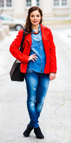 blue-med-skinny-jeans-blue-med-collared-shirt-bib-necklace-hairr-black-shoe-booties-black-bag-red-jacket-coat-peacoat-fall-winter-lunch.jpg