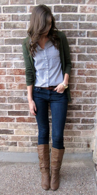 blue-navy-skinny-jeans-blue-med-collared-shirt-brown-shoe-boots-green-dark-cardiganl-fall-winter-brun-lunch.jpg
