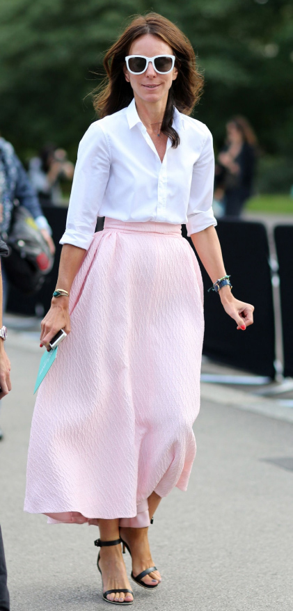 what-to-wear-for-a-spring-wedding-guest-outfit-pink-light-midi-skirt-white-collared-shirt-sun-hairr-black-shoe-sandalh-dinner.jpg