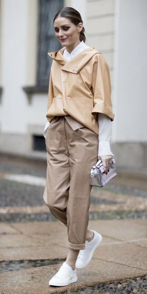 tan-chino-pants-white-collared-shirt-hairr-pony-gray-bag-silver-metallic-white-shoe-sneakers-layer-oliviapalermo-fall-winter-lunch.jpg