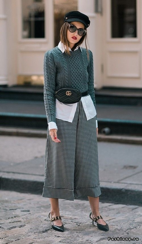 black-culottes-pants-white-collared-shirt-green-olive-sweater-hat-sun-hairr-black-shoe-pumps-black-bag-fannypack-fall-winter-lunch.jpg
