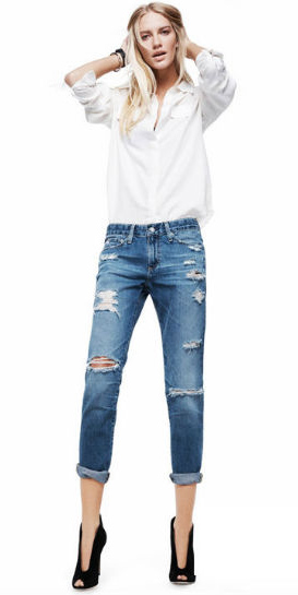 blue-med-boyfriend-jeans-white-collared-shirt-blonde-black-shoe-pumps-wear-spring-summer-outfit-distressed-lunch.jpg