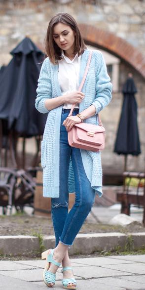 blue-med-skinny-jeans-white-collared-shirt-pink-bag-hairr-blue-light-cardiganl-blue-shoe-sandalh-spring-summer-lunch.jpg