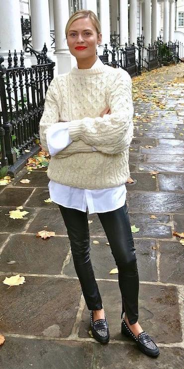 black-leggings-white-collared-shirt-white-sweater-blonde-bun-black-shoe-loafers-fall-winter-weekend.jpg