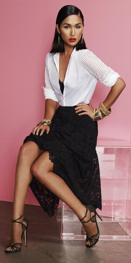 black-midi-skirt-lace-white-collared-shirt-brun-earrings-bracelet-spring-summer-dinner-lob.jpg