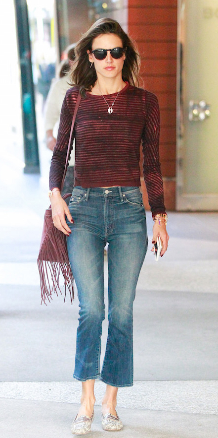 blue-med-cropp-jeans-burgundy-tee-stripe-burgundy-bag-white-shoe-flats-necklace-alessandraambrosio-model-street-wear-fashion-style-spring-summer-brun-lunch.jpg