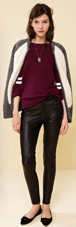 black-skinny-jeans-r-burgundy-tee-white-jacket-bomber-necklace-black-shoe-flats-howtowear-style-fashion-fall-winter-brun-lunch.jpg