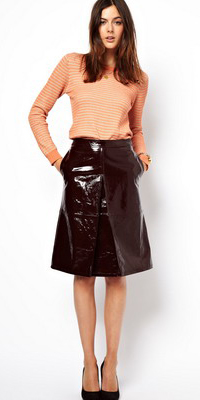 brown-aline-skirt-o-peach-tee-stripe-howtowear-fashion-style-outfit-fall-winter-leather-black-shoe-pumps-brun-work.jpg