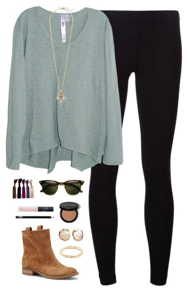 black-leggings-blue-light-tee-howtowear-fashion-style-outfit-fall-winter-longsleeve-tan-shoe-booties-sun-studs-necklace-pend-weekend.jpg