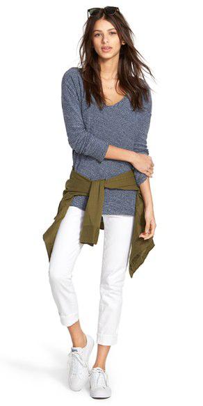 white-skinny-jeans-blue-med-tee-green-olive-jacket-utility-white-shoe-sneakers-sun-brun-howtowear-fashion-style-spring-summer-weekend.jpg