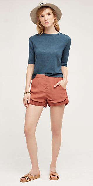 o-peach-shorts-blue-med-tee-hat-tan-shoe-sandals-howtowear-fashion-style-outfit-spring-summer-blonde-weekend.jpg