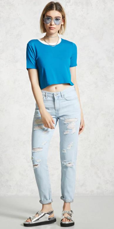 blue-light-boyfriend-jeans-gray-shoe-sandals-silver-blue-med-tee-choker-sun-bob-spring-summer-blonde-weekend.jpg