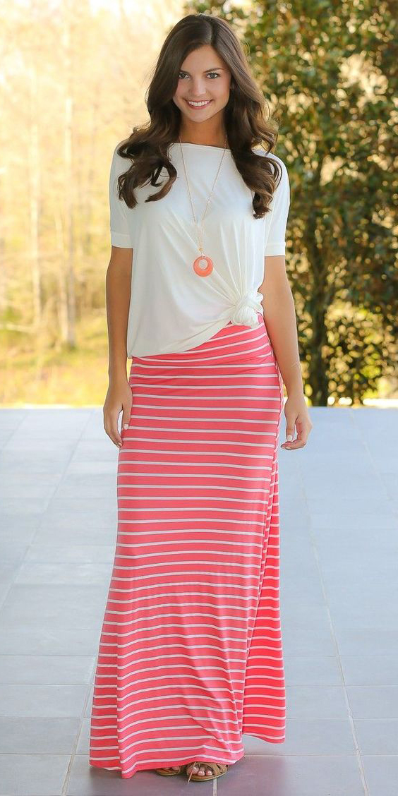 white-tee-hairr-necklace-pend-stripe-pink-magenta-maxi-skirt-spring-summer-weekend.jpg