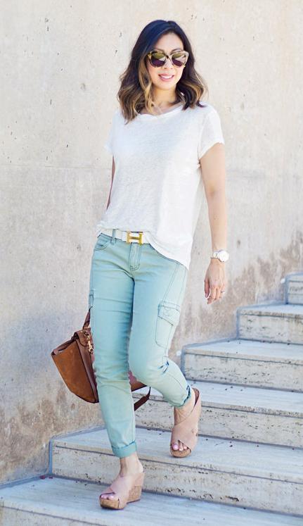 green-light-skinny-jeans-white-tee-tan-shoe-sandalw-cognac-bag-sun-belt-howtowear-style-fashion-spring-summer-cargo-brun-weekend.jpg