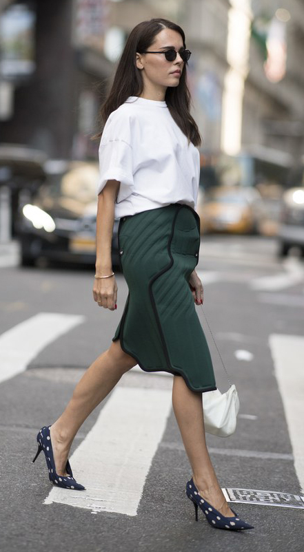 green-dark-pencil-skirt-white-tee-white-bag-sun-hairr-blue-shoe-pumps-polkadot-print-fall-winter-work.jpg