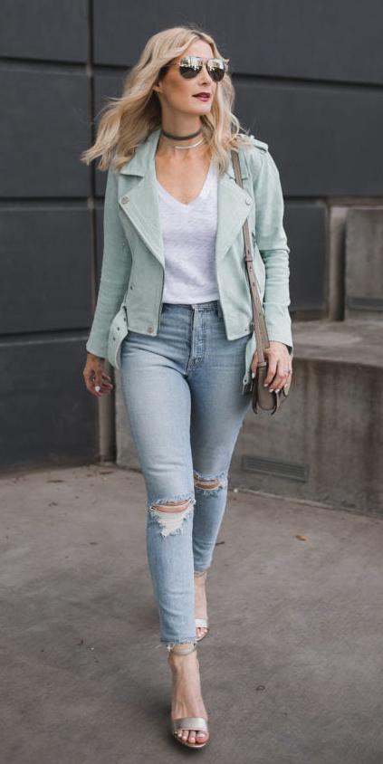 blue-light-skinny-jeans-white-tee-choker-blonde-sun-pastel-tan-shoe-sandalh-green-light-jacket-moto-tan-bag-spring-summer-lunch.jpg