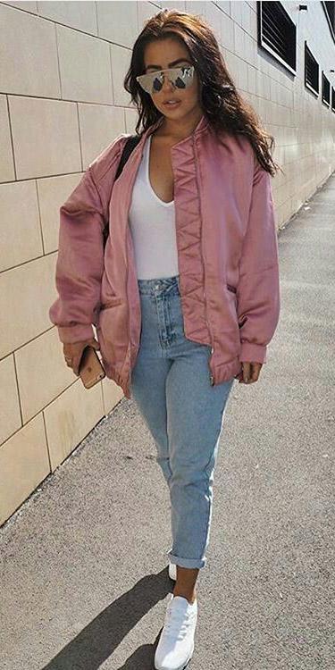 blue-light-skinny-jeans-white-tee-bodysuit-white-shoe-sneakers-pink-light-jacket-bomber-spring-summer-hairr-weekend.jpg