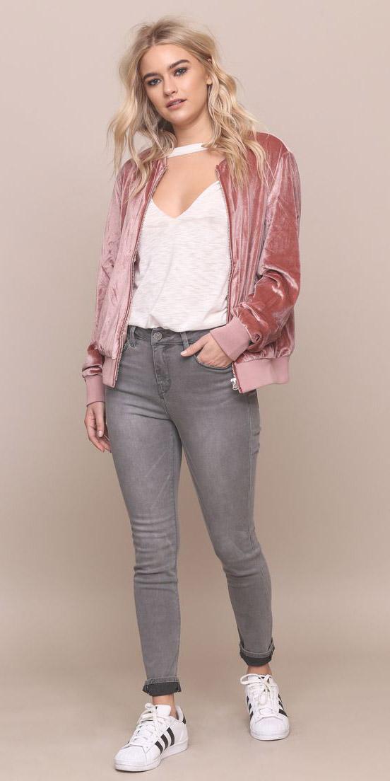 grayl-skinny-jeans-white-tee-white-shoe-sneakers-adidas-velvet-pink-light-jacket-bomber-fall-winter-blonde-weekend.jpg