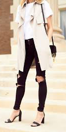 black-skinny-jeans-white-tee-white-vest-trench-black-bag-howtowear-style-fashion-spring-summer-black-shoe-sandalh-destroyed-blonde-lunch.jpg