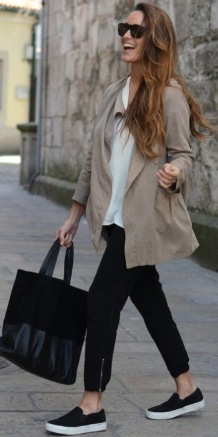 black-joggers-pants-white-tee-tan-jacket-coat-trench-black-bag-tote-sun-black-shoe-sneakers-wear-style-fashion-spring-summer-hairr-weekend.jpg