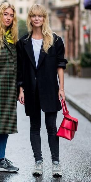 black-skinny-jeans-red-bag-white-tee-blonde-gray-shoe-sneakers-black-jacket-blazer-oversized-fall-winter-weekend.jpg