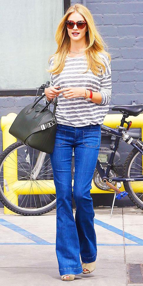 blue-med-flare-jeans-grayl-tee-stripe-watch-black-bag-tan-shoe-sandalh-sun-wear-fashion-style-spring-summer-rosiehuntingtonwhiteley-blonde-lunch.jpg