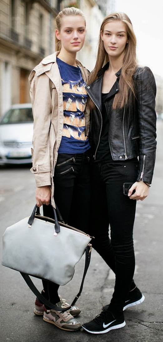 black-skinny-jeans-blue-navy-graphic-tee-tan-jacket-coat-trench-pony-white-bag-style-outfit-fall-winter-khaki-tan-shoe-sneakers-model-street-weekend.jpg