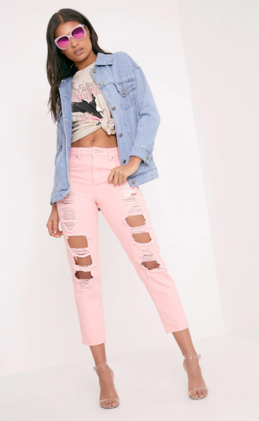 pink-light-boyfriend-jeans-white-graphic-tee-blue-light-jacket-jean-sun-brun-spring-summer-lunch.jpg
