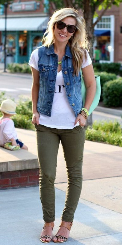 green-olive-skinny-jeans-white-graphic-tee-blue-med-vest-jean-necklace-tan-shoe-sandalh-spring-summer-blonde-weekend.jpg