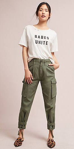 green-olive-chino-pants-cargos-white-graphic-tee-bun-camel-shoe-flats-leopard-print-spring-summer-brun-weekend.jpg
