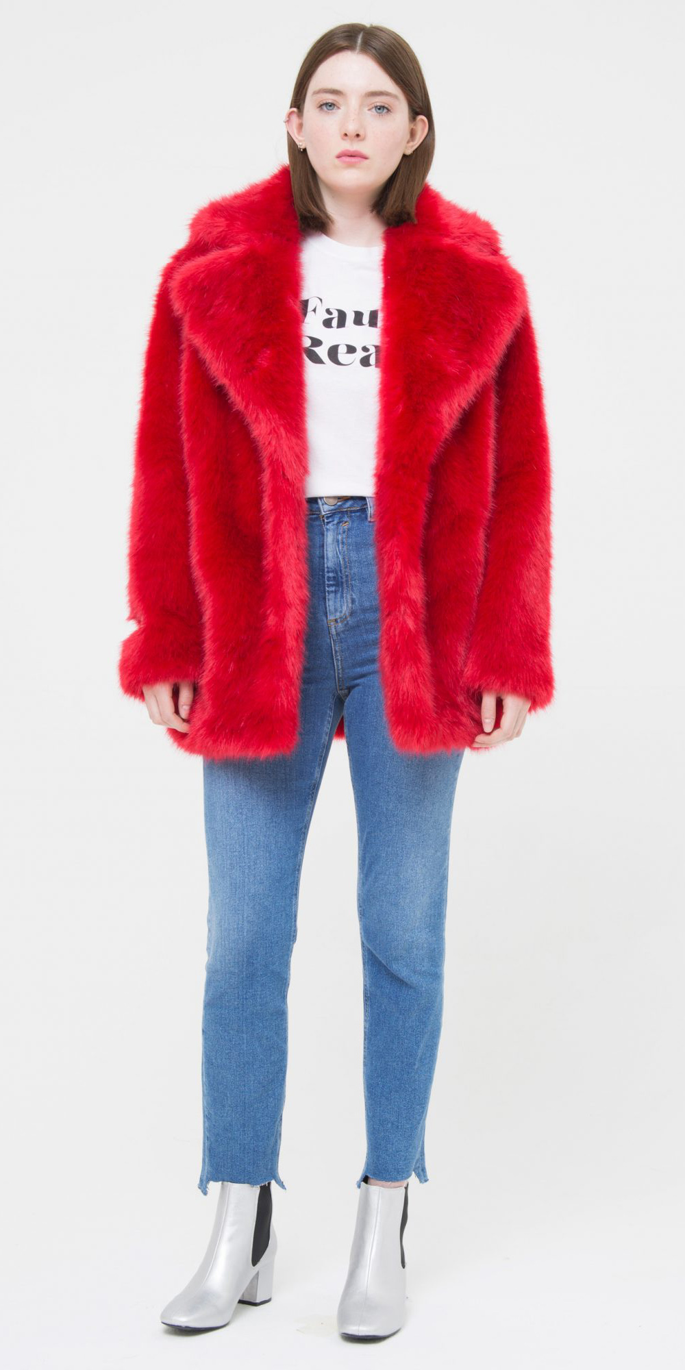 blue-med-skinny-jeans-white-graphic-tee-white-shoe-booties-red-jacket-coat-fur-fuzz-fall-winter-hairr-weekend.jpg
