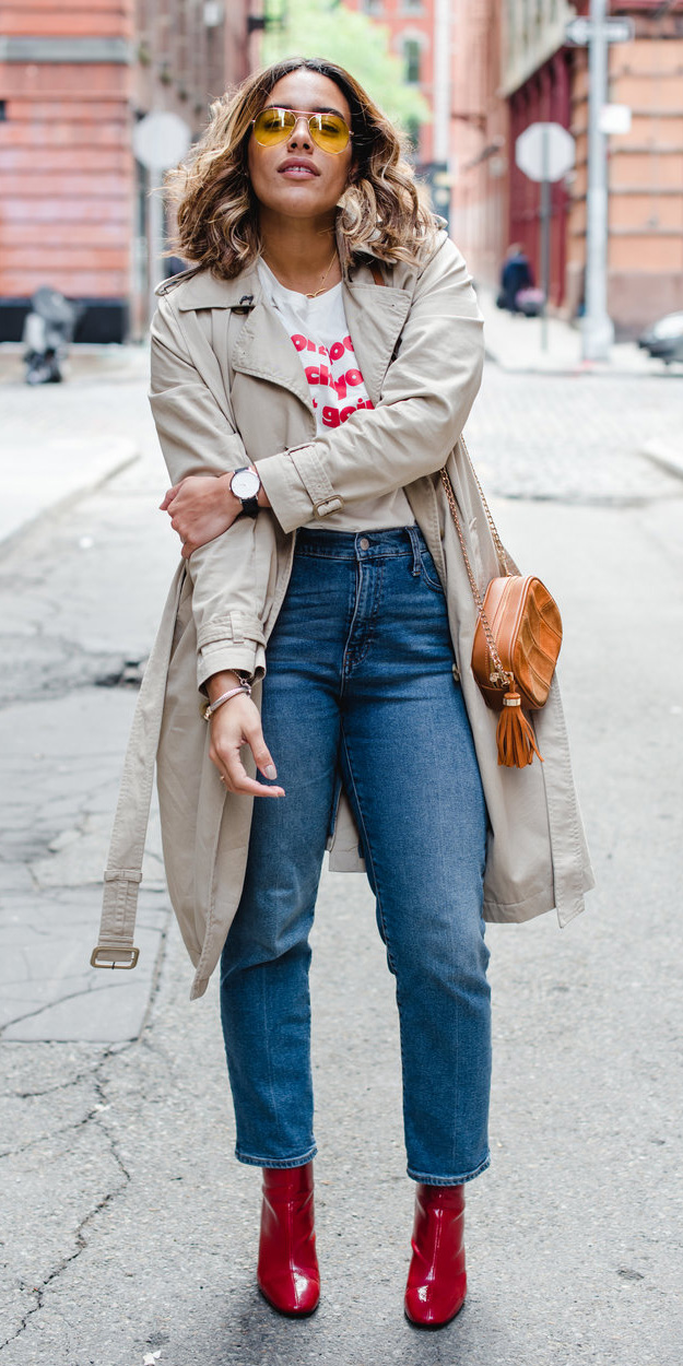 blue-med-skinny-jeans-sun-cognac-bag-red-shoe-booties-trench-white-graphic-tee-tan-jacket-coat-spring-summer-hairr-lunch.jpg