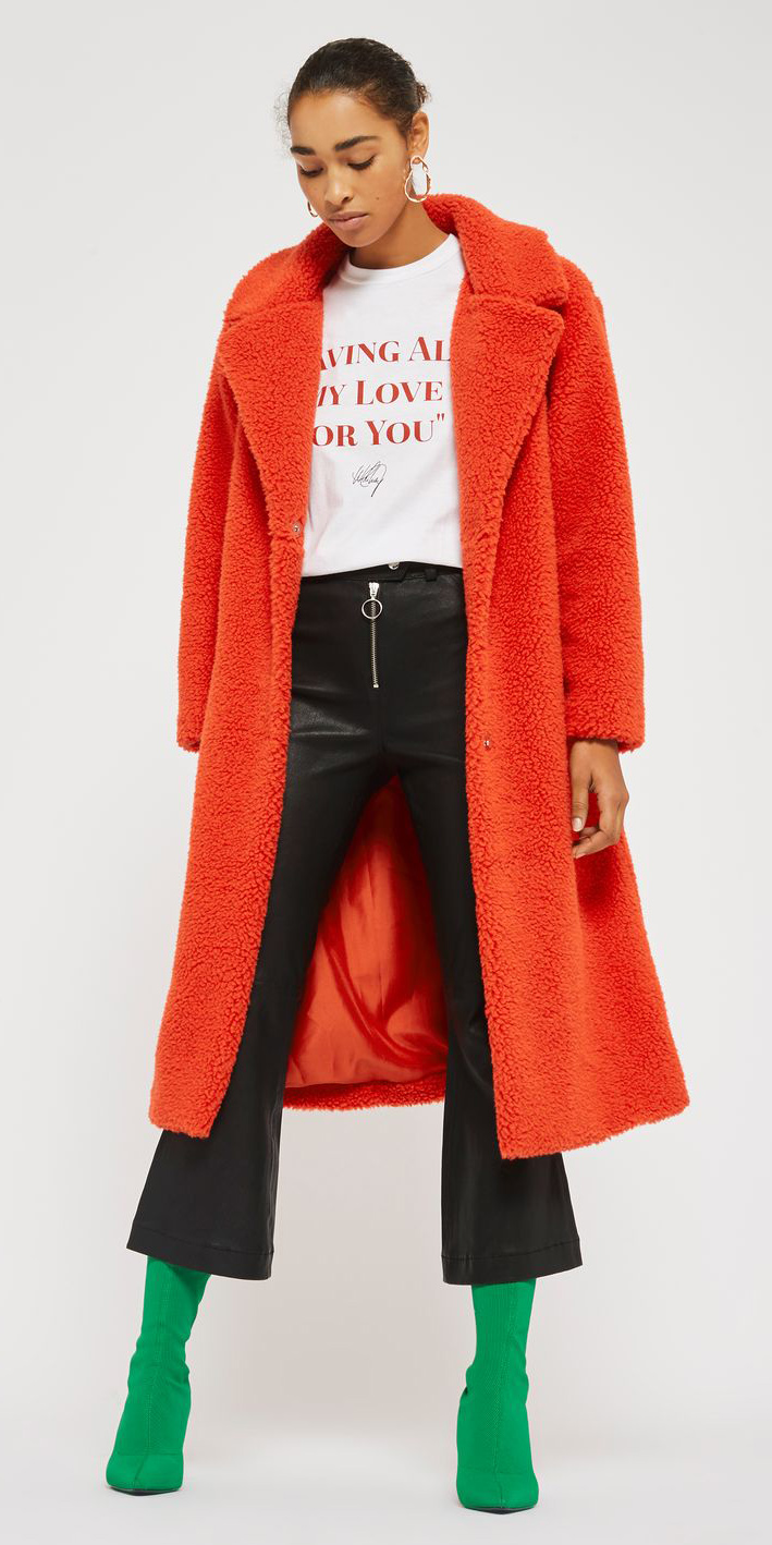black-culottes-pants-orange-jacket-coat-white-graphic-tee-earrings-bun-brun-green-shoe-booties-fall-winter-lunch.jpg