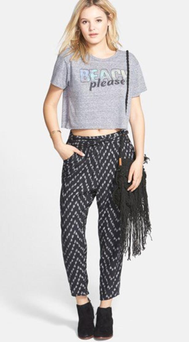 black-joggers-pants-zprint-grayl-graphic-tee-black-bag-fringe-black-shoe-booties-wear-style-spring-summer-blonde-weekend.jpg