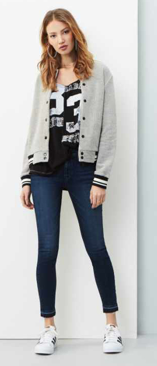 blue-navy-skinny-jeans-black-graphic-tee-grayl-jacket-bomber-white-shoe-sneakers-hoops-howtowear-fall-winter-hairr-weekend.jpg