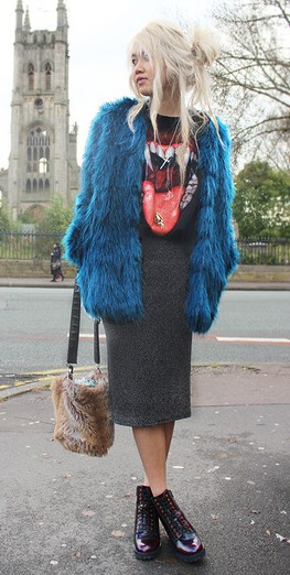 grayd-pencil-skirt-black-graphic-tee-blonde-burgundy-shoe-booties-blue-med-jacket-coat-fur-fall-winter-weekend.jpg