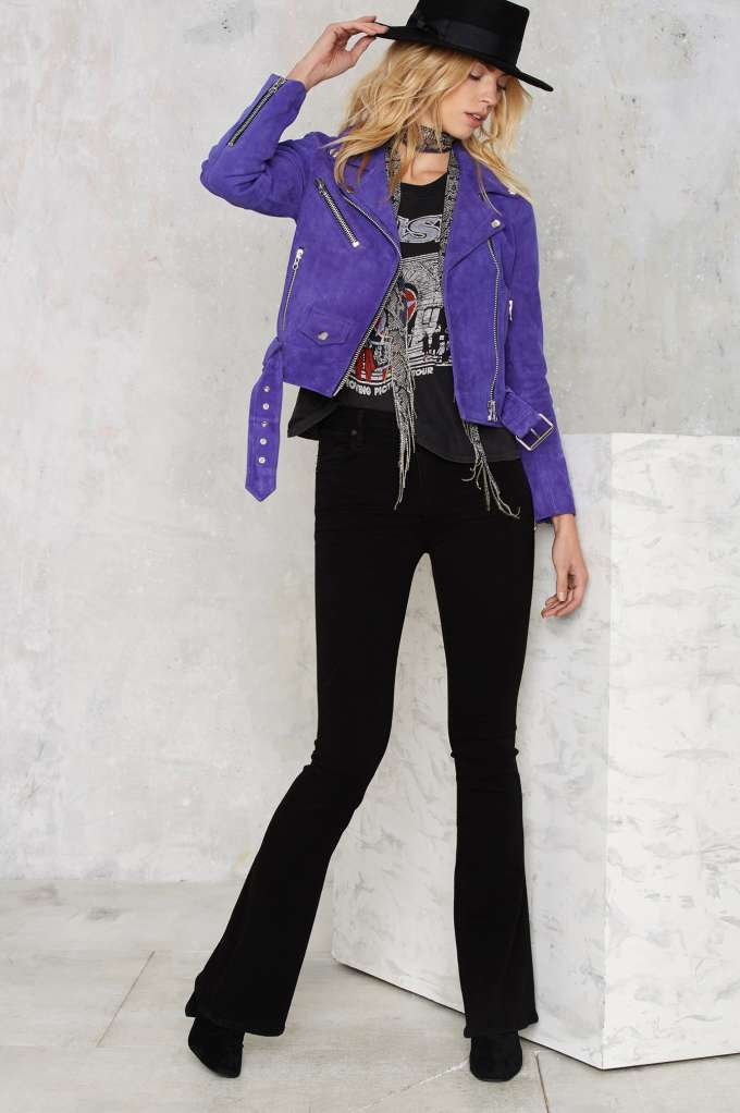 black-flare-jeans-purple-royal-jacket-moto-black-graphic-tee-blonde-hat-fall-winter-weekend.jpg