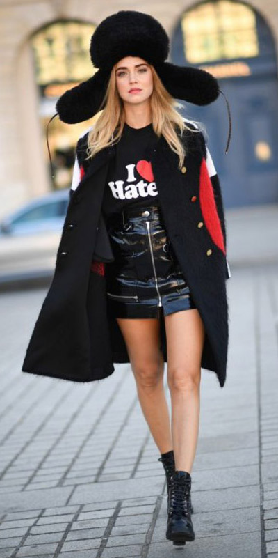 black-mini-skirt-black-graphic-tee-black-jacket-coat-hat-black-shoe-booties-fall-winter-blonde-lunch.jpg