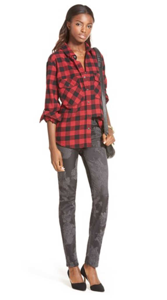 grayd-skinny-jeans-red-plaid-shirt-howtowear-style-fashion-fall-winter-black-bag-black-shoe-pumps-brun-lunch.jpg