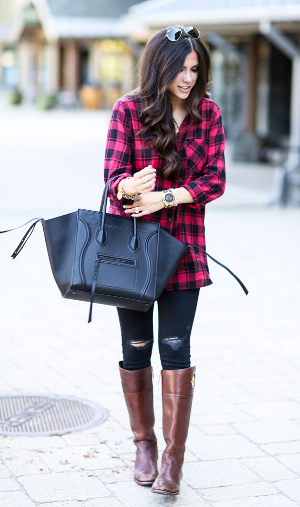 black-skinny-jeans-red-plaid-shirt-brown-shoe-boots-black-bag-tote-watch-sun-necklace-howtowear-fashion-style-outfit-fall-winter-brun-weekend.jpg