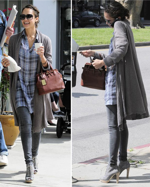 grayd-skinny-jeans-grayl-plaid-shirt-jessicaalba-fall-winter-grayl-cardiganl-bun-sun-gray-shoe-booties-brown-bag-brun-lunch.jpg