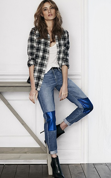 blue-med-boyfriend-jeans-white-tee-black-plaid-shirt-black-shoe-booties-hairr-outfit-fall-winter-lunch.jpg