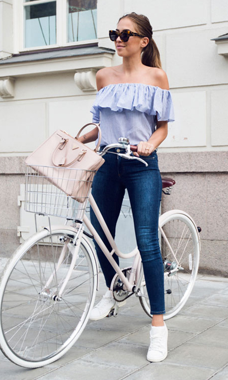 blue-navy-skinny-jeans-blue-light-top-offshoulder-sun-pony-tan-bag-white-shoe-sneakers-travel-howtowear-fashion-style-outfit-spring-summer-hairr-weekend.jpg