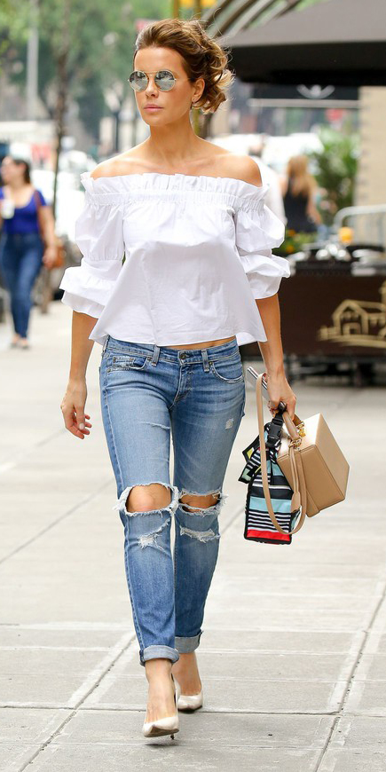 blue-med-skinny-jeans-sun-pony-tan-bag-tan-shoe-pony-white-top-offshoulder-spring-summer-hairr-lunch.jpg
