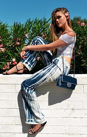blue-navy-wideleg-pants-white-top-black-shoe-sandals-blue-bag-tiedye-offshoulder-howtowear-fashion-style-outfit-spring-summer-blonde-weekend.jpg