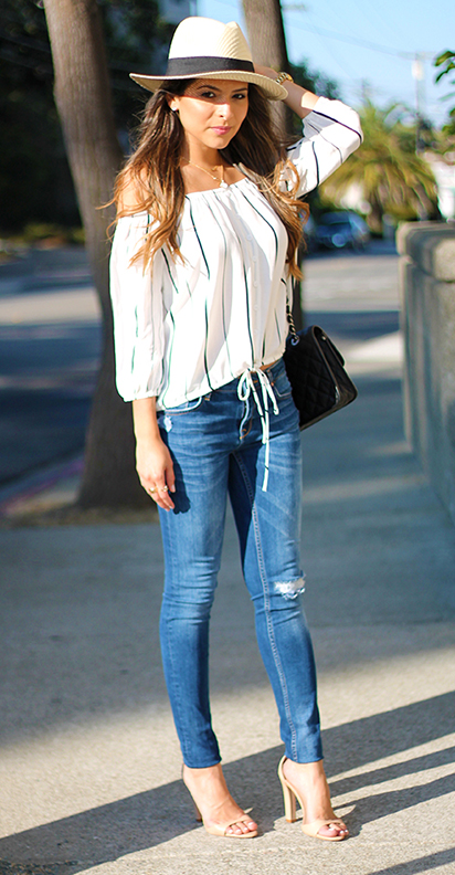 blue-med-skinny-jeans-white-top-blouse-offshoulder-hat-panama-black-bag-necklace-tan-shoe-sandalh-howtowear-fashion-style-outfit-spring-summer-hairr-lunch.jpg