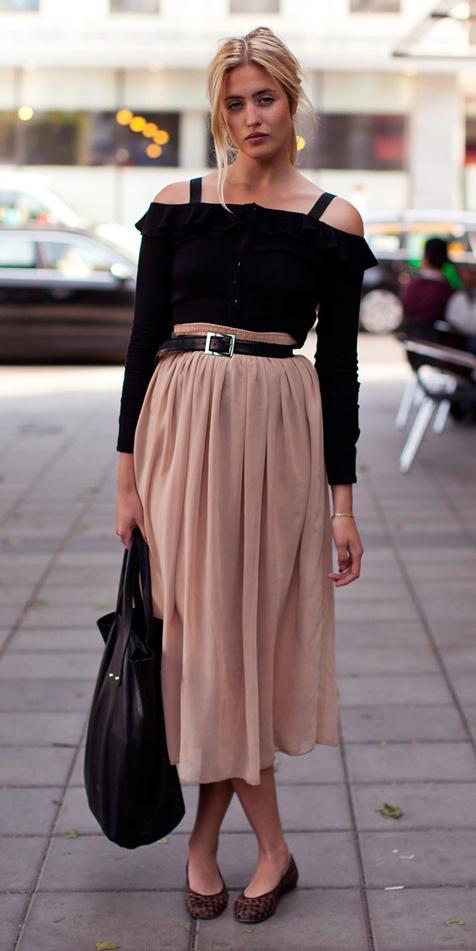 tan-midi-skirt-belt-black-top-offshoulder-blonde-black-bag-brown-shoe-flats-fall-winter-weekend.jpg