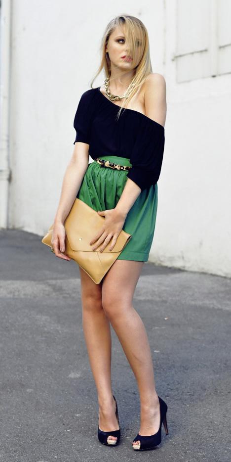 green-emerald-mini-skirt-belt-black-top-offshoulder-chain-necklace-tan-bag-clutch-black-shoe-pumps-spring-summer-blonde-dinner.jpg